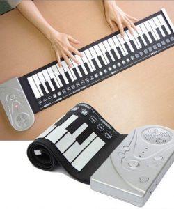 dan-piano-cuon-deo-danh-cho-be
